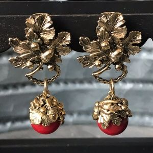 Autumn theme clip earrings